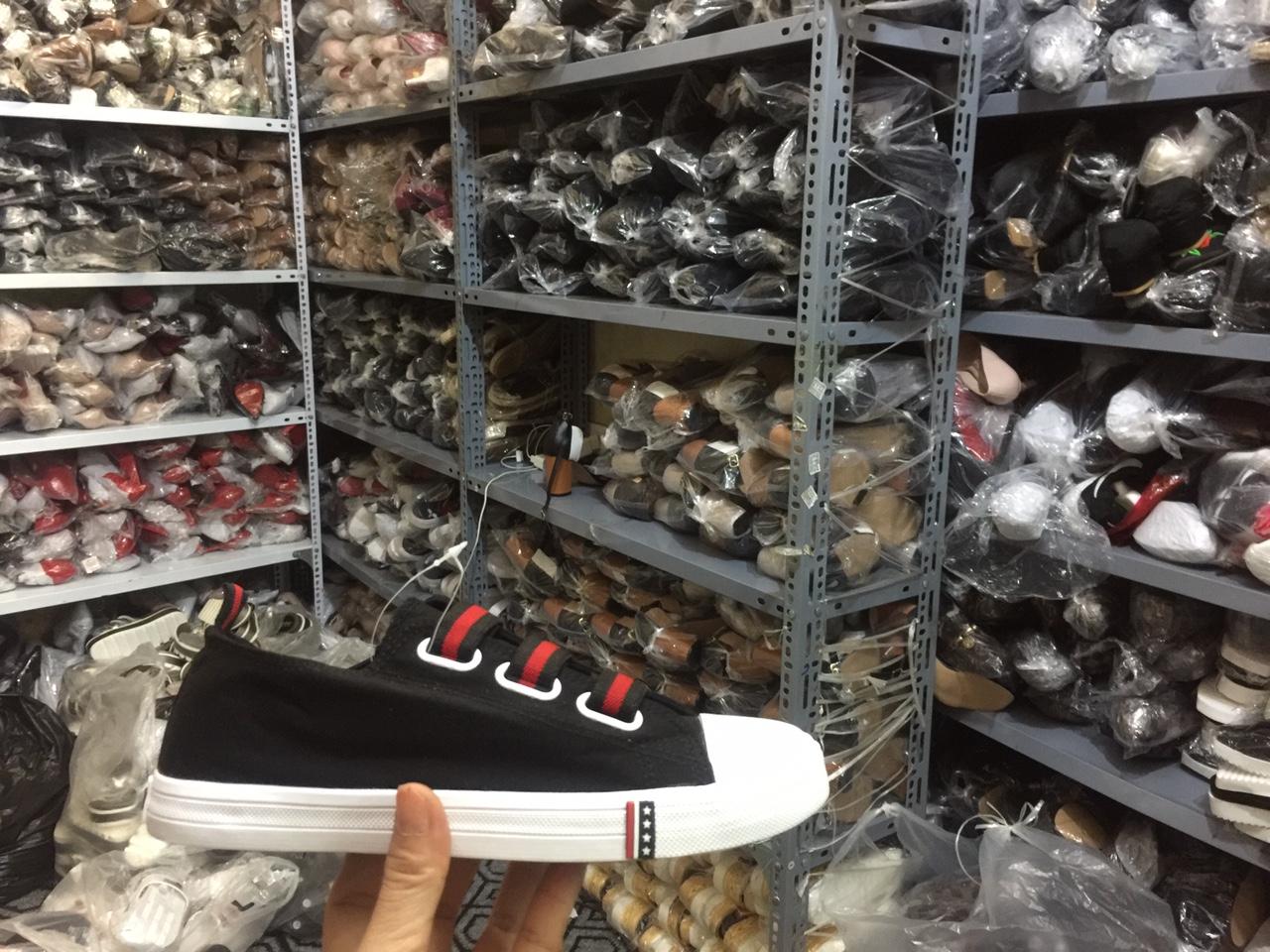 Kinh doanh giày dép online - xưởng sỉ giày dép Hùng Phát